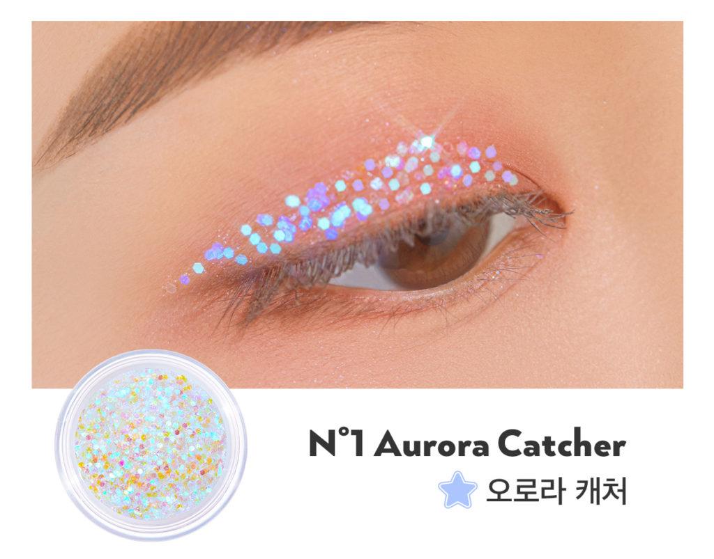 UNLEASHIA(アンレシア)のGet Loose Glitter Gel N°1 Aurora Catcher(ゲットルースグリッタージェル オーロラキャッチャー)の着画
